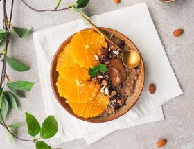Chocolade boekweitpap met sinaasappel