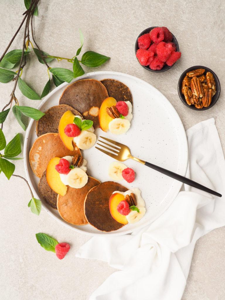 Boekweit pannenkoeken met perzik