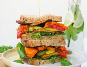 Tempeh pompoen sandwich