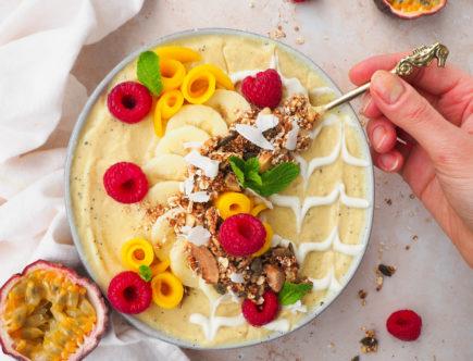 Mango passievrucht smoothiebowl